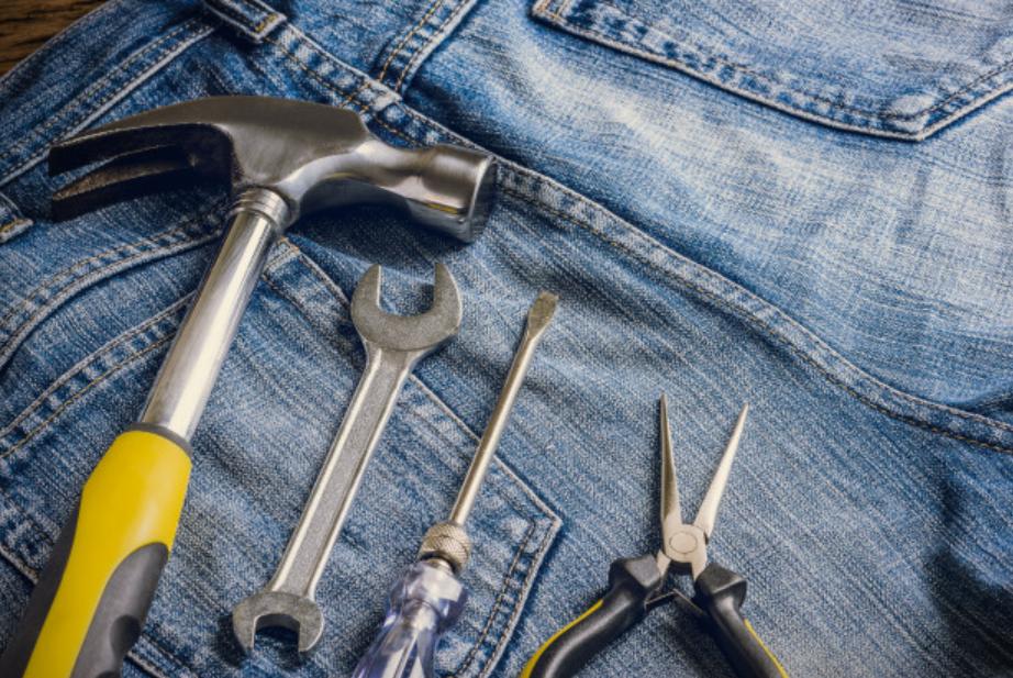 Comment bien nettoyer son pantalon de travail ?